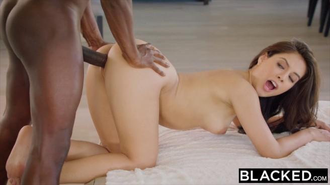 Секс молодой телкой онлайн ролики — 7